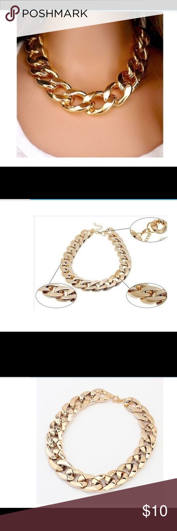 fashion chain necklace Gold toned. Plastic feel. fashion Thick necklace chain necklace Jewelry Necklaces