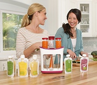 Infantino Squeeze Station - make your own reusable baby food pouches - so want this!  Comes out in September.