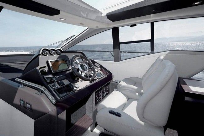 Azimut 55 Made Its Worldwide Premiere at boot Dusseldorf 2018 ➤ To see more news about Luxury Yachts visit us at www.luxuryachts.eu #luxuryyachts #azimut #luxuryyachtdesigns #azimut55 #bootdusseldorf #bootdusseldorf2018