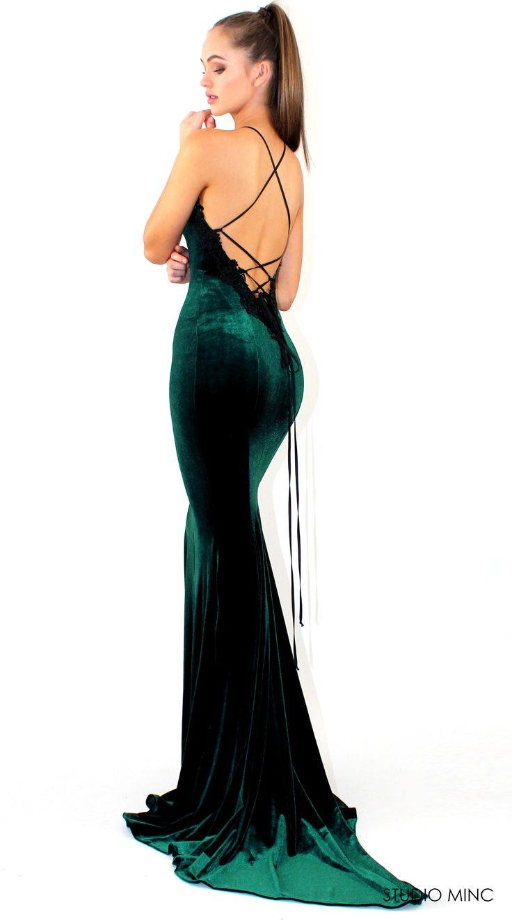 EMERALD GREEN PROMISE DRESS - VELVET #FORMAL / #PROM #DRESS BY STUDIO MINC #BACKLESS