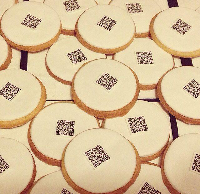 4. Decoramos una a una las galletas, con mucho amor y toda la ilusión del mundo!