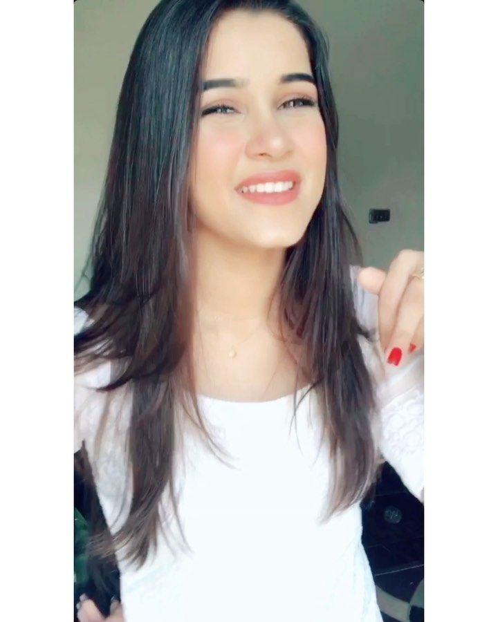 Pakistani Models Like Alizeh Shah Hareem Baig Huma Khan And Sanam Baloch Too Have Made Their Mark In The Tiktok World Long Hair Styles Hair Styles Beauty