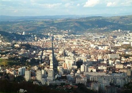 Saint Etienne depuis le Guizay