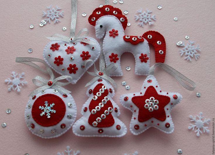 Купить Новогодние игрушки из фетра - елочные игрушки, Новый Год, новогодний подарок, новогоднее украшение