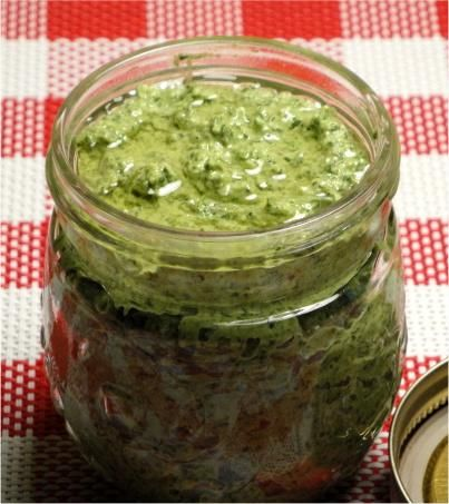 spinach pesto...did this in thermie tonight. yum!
