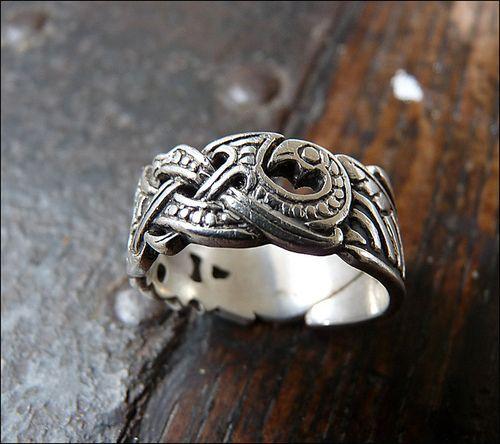 Double Raven Head Viking Ring