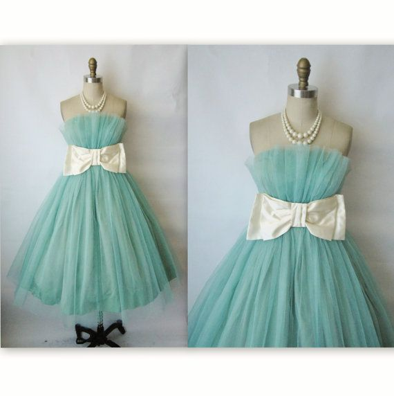 50's Prom Dress // Vintage 1950's Tiffany Blue Tulle Strapless Bow Prom Wedding Party Dress XS S
