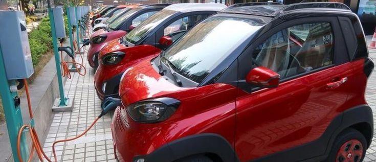 La producción y venta de vehiculos electricos se aceleró en el 2016, con 2 millones de carros fabricados y mas de 750.000 vendidos globalmente.   Se espera que el mercado se expanda aún mas en los próximos años. El reporte predice que para el 2020 la cantidad de vehículos eléctricos que existirán sera entre los 9 y los 20 millones y para el 2025 estará entre los 40 y los 70 millones.   #Movilidadelectrica