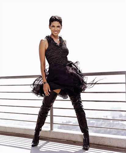 Halle Berry 1 | en.wikipedia.org/wiki/Halle_Berry | Celebrities in High Boots | Flickr