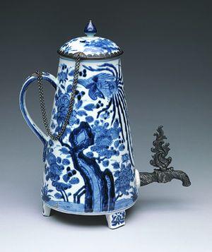 Coffee pot [Japan] (79.2.176a,b) | Heilbrunn Timeline of Art History | The Metropolitan Museum of Art