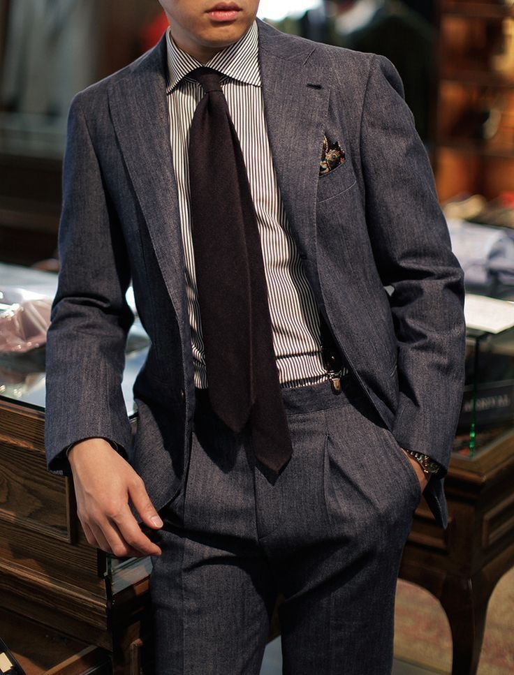 7d2c9191ae Beautiful wide lapel suit with a blue striped shirt brown tie (not tied  great imho) brown patterned silk tie with suspenders #suit #menswear  #gentlemen ...