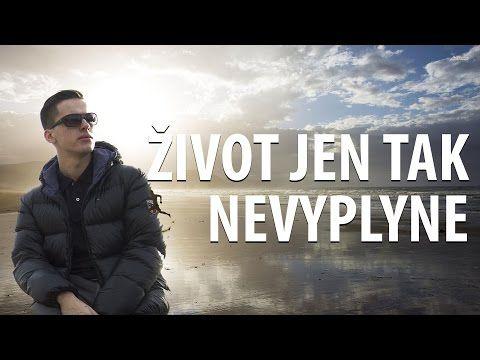 ŽIVOT JEN TAK NEVYPLYNE   Jan Plavec - YouTube