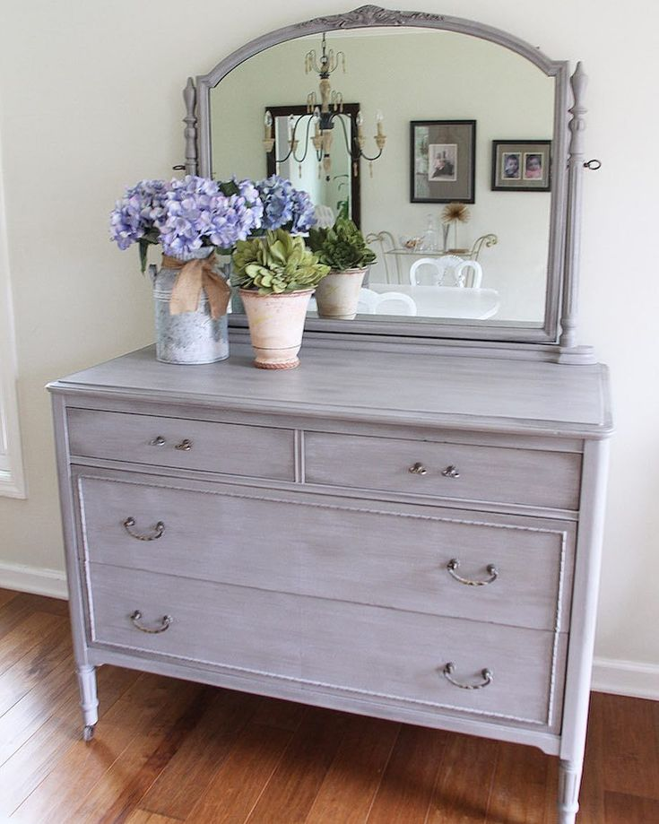 Custom painted farmhouse dresser and vanity with Chalk Paint® by Annie Sloan in the color French Linen and then aged and protected with both Black and White Chalk Paint® Wax | Beautiful project by The Laurel Lane