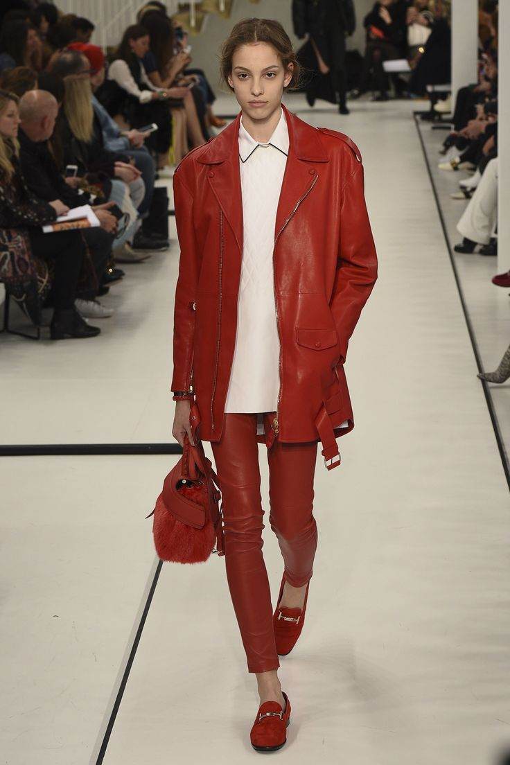 TOD'S ~ Fall '17 - RTW. ~ ***(Minus the fur bag—unless, faux - of course [—wishful thinking, I know⚠️⚠️])