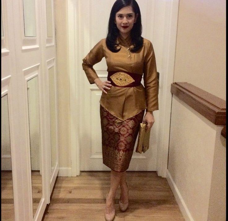 Baju Batik Dian Sastro: 350 Best Images About Tenun Ikat On Pinterest