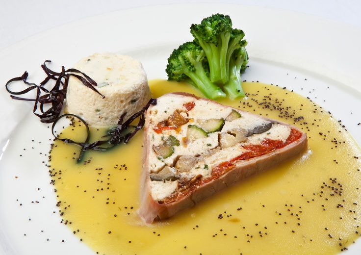 Grand Hotel Baia Verde: Tra i più Gustosi Ristoranti a Catania...