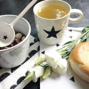 Кружка Звезда от Bloomingville для любителей скандинавского дизайна. Комфортная и уютная деталь. Стоимость 650 руб. #кружка #чашка #mug #cup #bloomingville #кухня