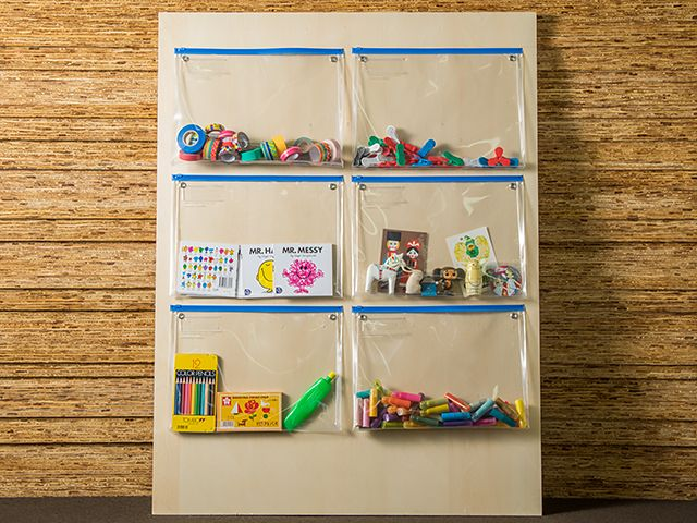 ZIP CLEAR CASE WALL | WorMo'(ワーモ)