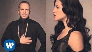 Miguel Bosé & Ximena Sariñana - Aire Soy (Videoclip oficial) - YouTube