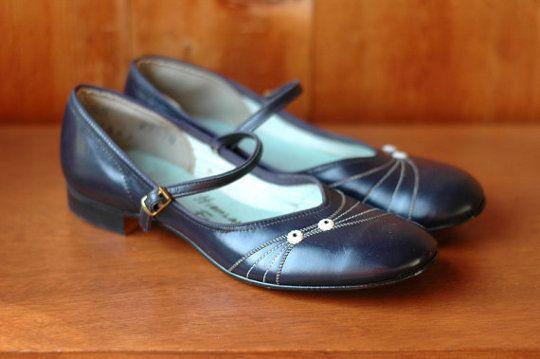 1940s vintage ballet flats | 1950's Vintage Fashion Style