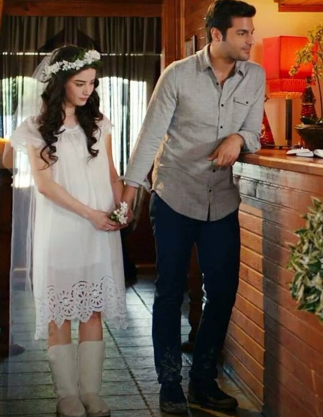 Ayaz - Oyku, Kiraz Mevsimi..... i love her wedding dress, her boot, flower.... so sweet