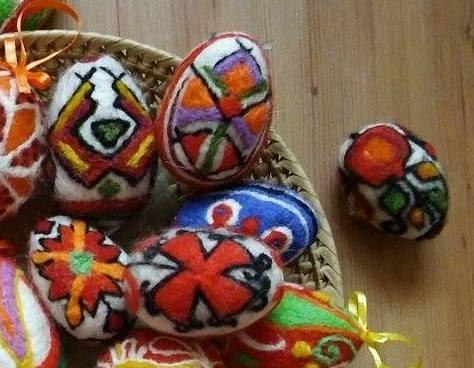Филцови яйца 7-8 см с шевици   Ръчна изработка