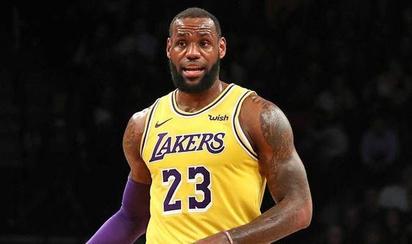 26cdec478649 Anthony Davis  LeBron James wanted to save Magic Johnson  2MILLION by  requesting trade