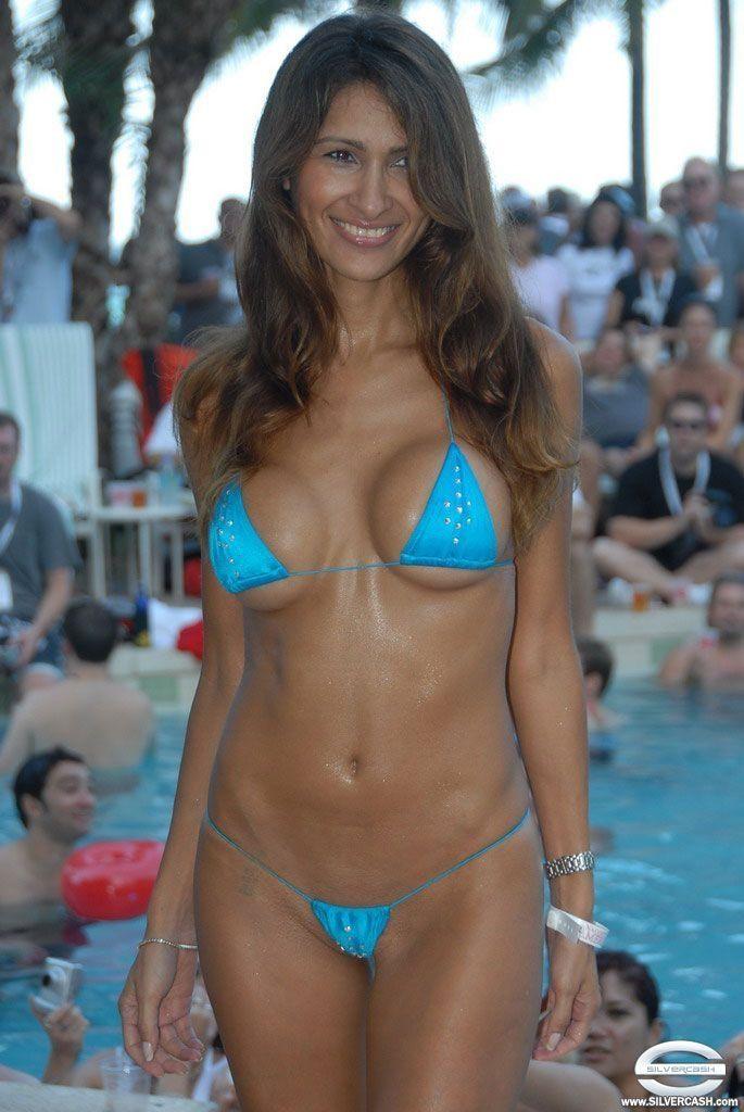 bikini competition Mini