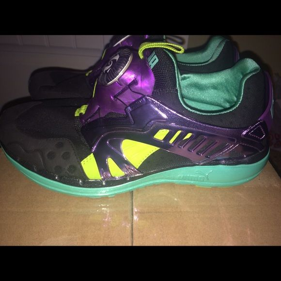 Puma disc system  Men 8= W 9.5 Authentic Futuristic look, one of a kind, trendy Puma Shoes Sneakers