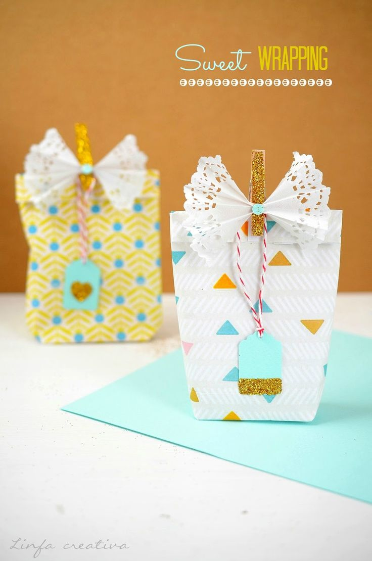 Diy: gift wrapping idea with glitter