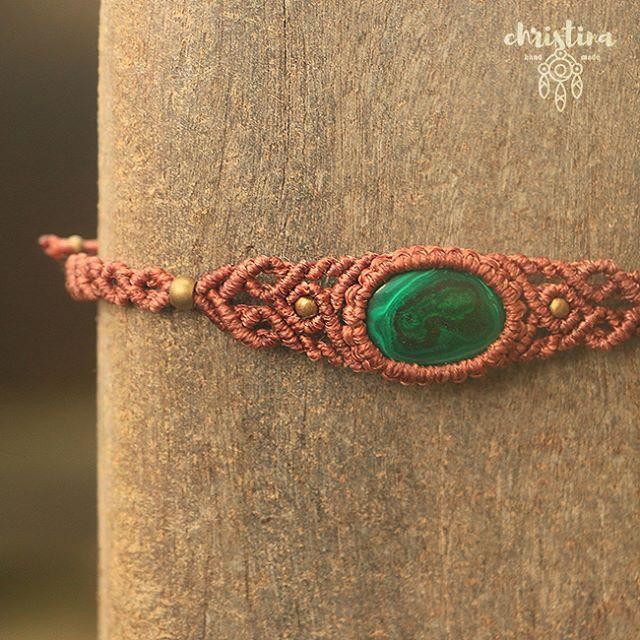 #КристинаОрлова #макраме #украшения #micromacrame #macrame #ChristinaOrlova #Jewelry #malachite #Indianthread #thread #handmade #stone #браслет #малахит #bracelet