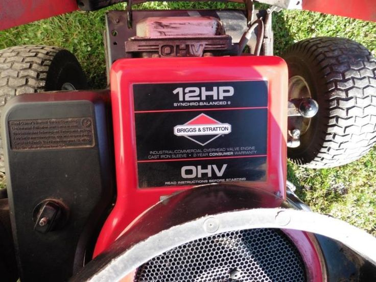 """Rasentraktor """"Rally""""<br />mit 12 PS Briggs & Stratton Motor<br />mit E-Starter über...,Rasentraktor Aufsitzmäher Rally 12 HP in Sachsen - Roßwein"""