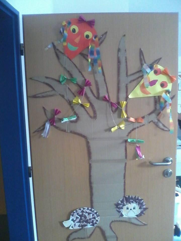 Než jsme obtiskli listí, byl strom takový smutný...