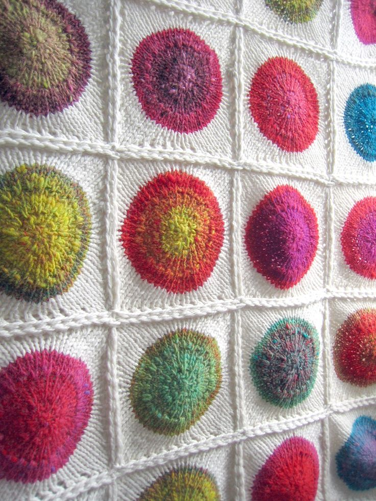 POP!! a hot mod polka dot blanket « Tin Can Knits in Noro Kureyon.