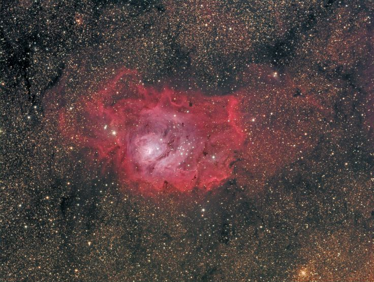 Incredible image of M8 nebula recorded by Domenico De Luca with AIRY APO104T PHOTO refractor and Sbig 8300M CCD camera.
