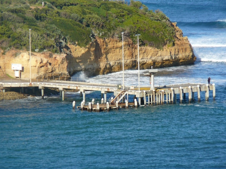 One of the most spectacular Ocean jetties on the Australian coast! - Port Campbell Pier An ideal platform for watching the world go by