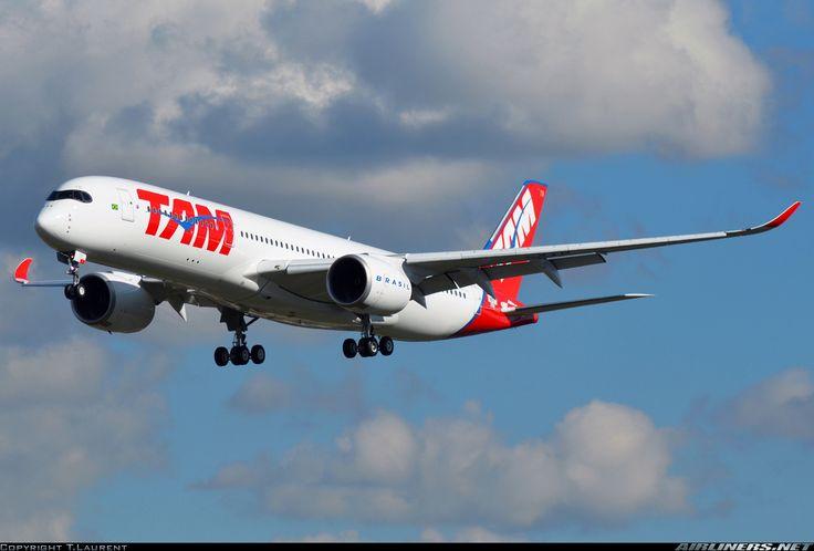 Airbus A350-941, TAM Linhas Aéreas, F-WZFV (next PR-XTB), cn 027, 348 passengers, first flight 10.2.2016, TAM delivered 17.3.2016. Foto: Toulouse, France, 8.3.2016.