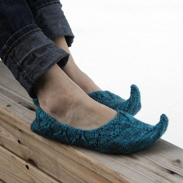 Ravelry: Persian Curled Toe Slippers pattern by Jenise Reid