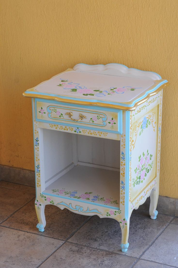 STENCIL-PAINT-DECORATION VINTAGE-ROMANTIC-TABLE  IDEAL PARA PEQUEÑOS MUEBLES CON GRANDES IDEAS! MIRA EL VIDEO Y APRENDE A USAR STENCIL Y COMBINARLOS!! SUPER FACIL!!!