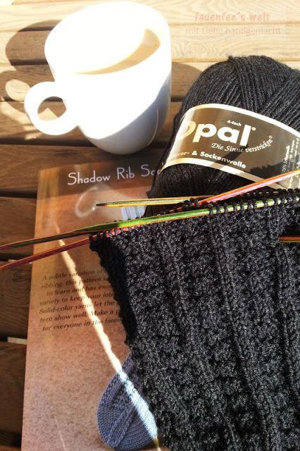 Herrensocken im Shadow Rib Socks Muster