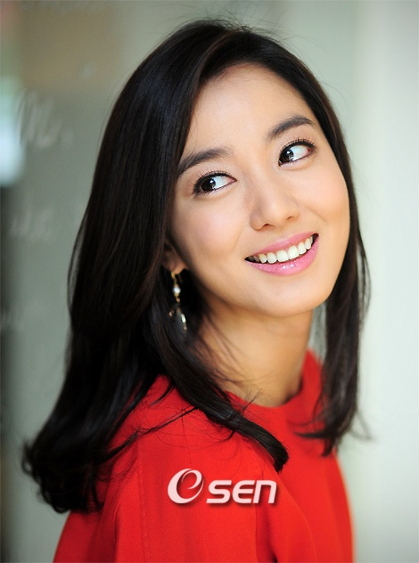 Lee So Yeon (Time slip Dr. Jin, Dong Yi))