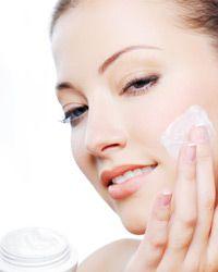 Top tips for moisturizing sensitive skin