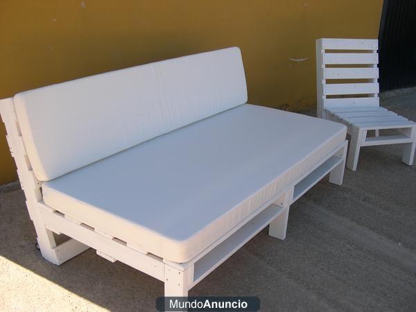 Sof cama de palets reciclados estilo chill out baleares for Sofa de palets exterior
