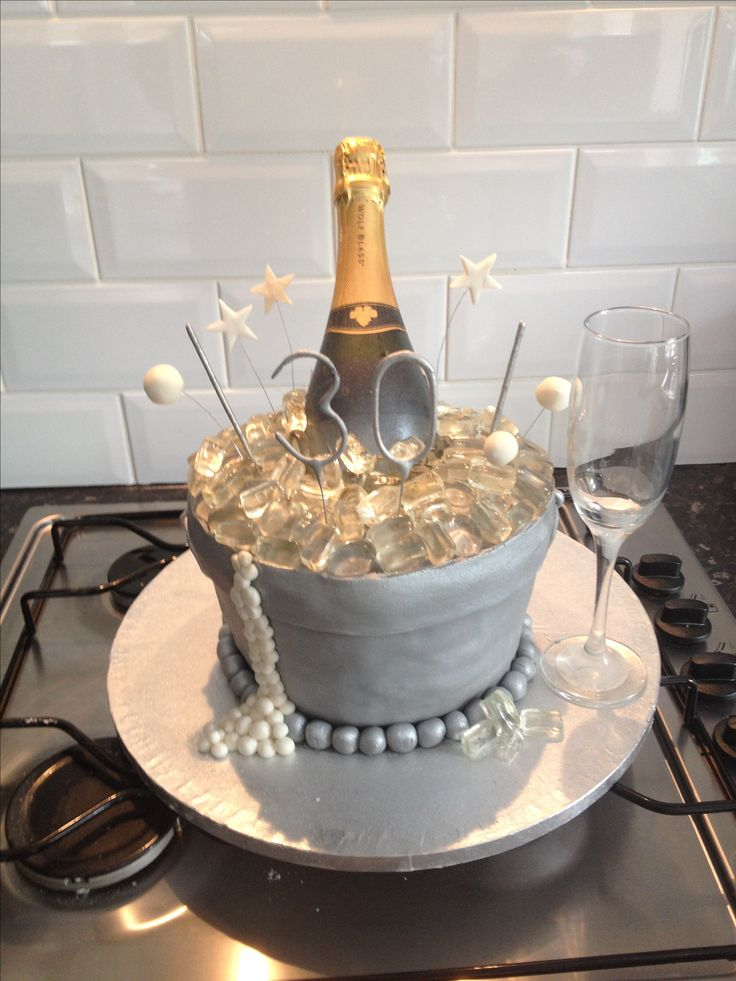 17 best ideas about diva birthday cakes on pinterest for 30th birthday cake decoration