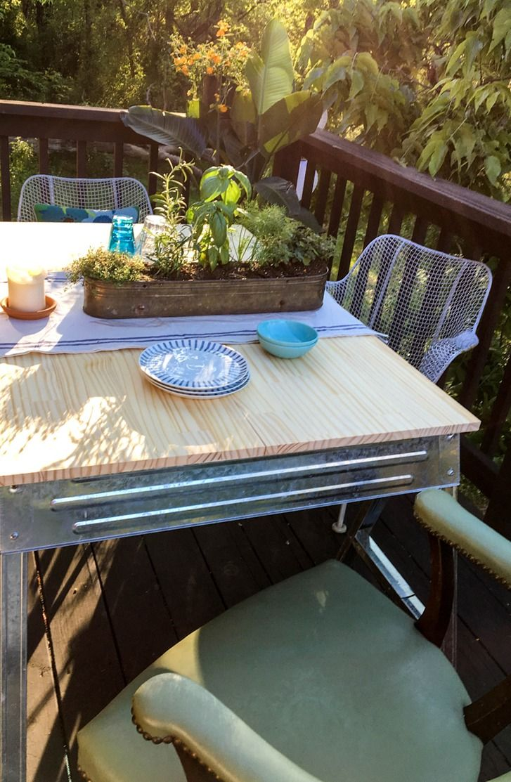 Deck amp patio furniture are often neglected when hiring a pressure - A Highlight Of This Backdoor Balcony Makeover From Design Sponge Is Her Creative Diy Patio Table