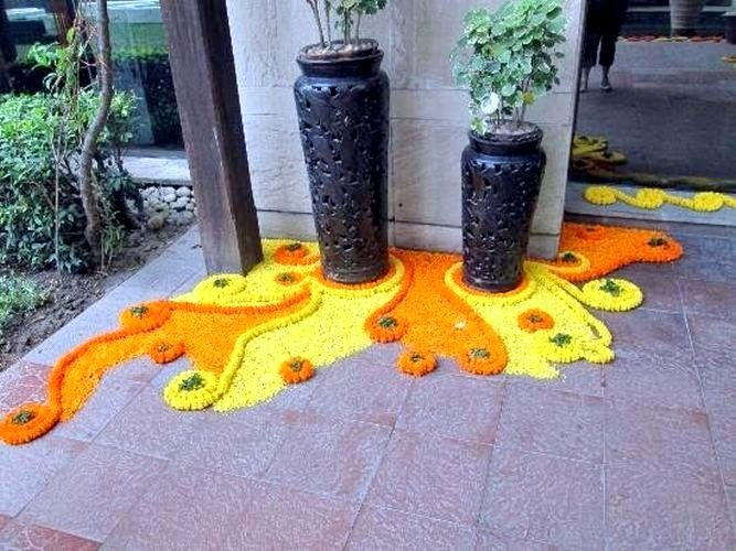 Ideas How To Be Creative With Rangoli Decoration During Festive Seasons  #RangoliDesigns #RangoliIdeas #FestiveRangoli