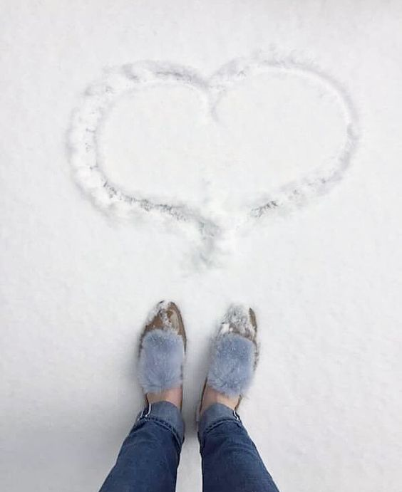 How about wearing loafers in snowy days? #JosefinasPortugal