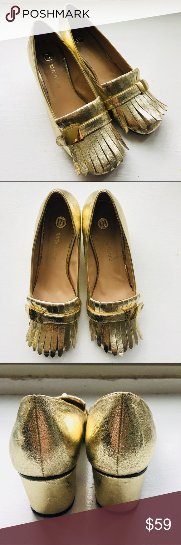 """RIVER ISLAND Gold Tassel Courtshoes size 9 Gucci Barely worn River Island gold metallic leather court shoes , loafers, with front tassels and round toe. Cropped heel height 1 1/2"""". No blemishes on upper leather, minimal wear on bottom and heel. Very similar to new version of Gucci loafers. River Island Shoes Heels"""