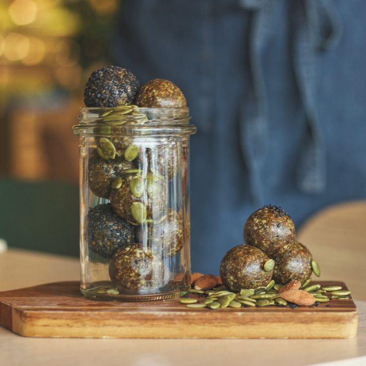 Healthy Raw Balls filled with almonds, pumpkin seeds & ginger