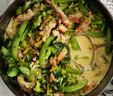 Fläsk- och grönsaksgryta med krämig färskost